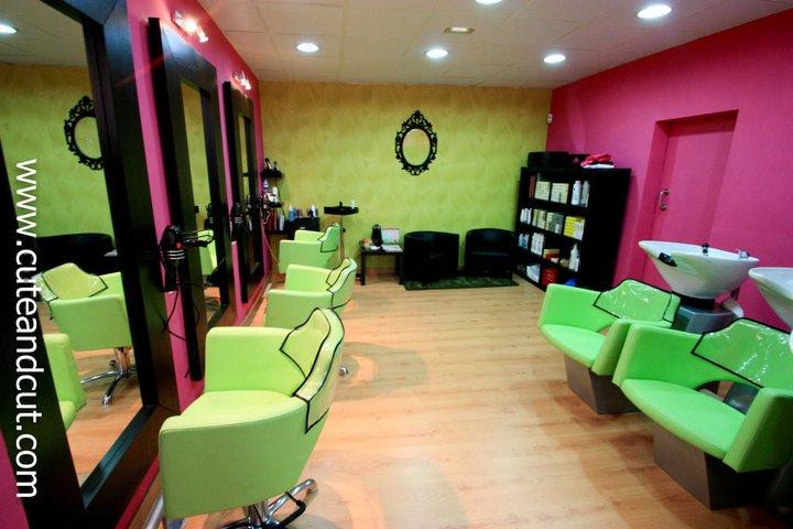 Cute cut peluquer a y complementos de dise o kamikaze - Interiores de peluquerias ...